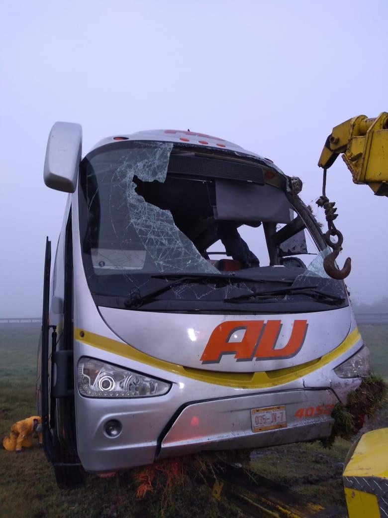 Vuelca autobús en laMéxico-Veracruz