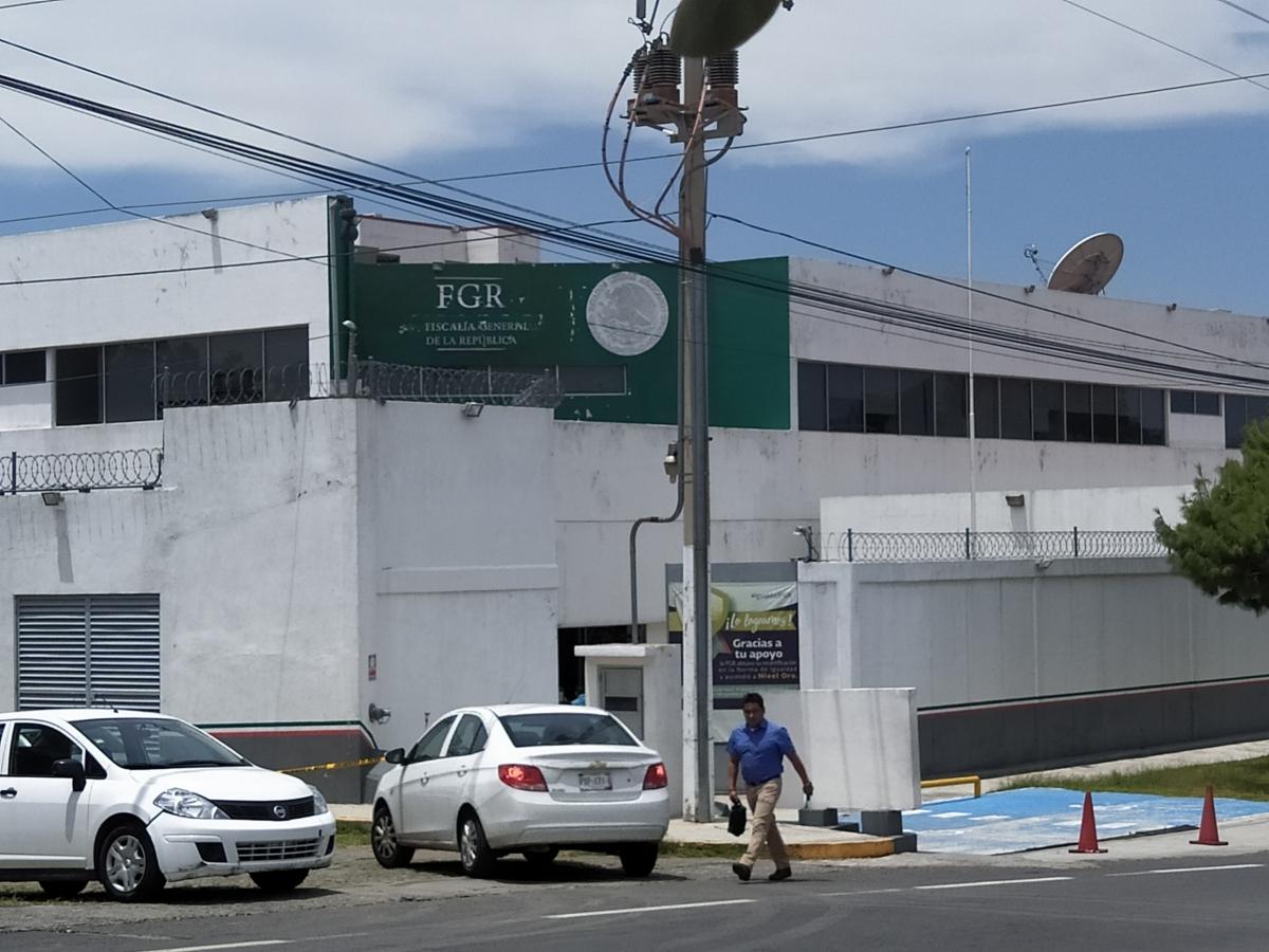 ELEMENTOS DE LA FGR CUMPLIMENTAN ORDEN DE APREHENSIÓN PORHOMICIDIO