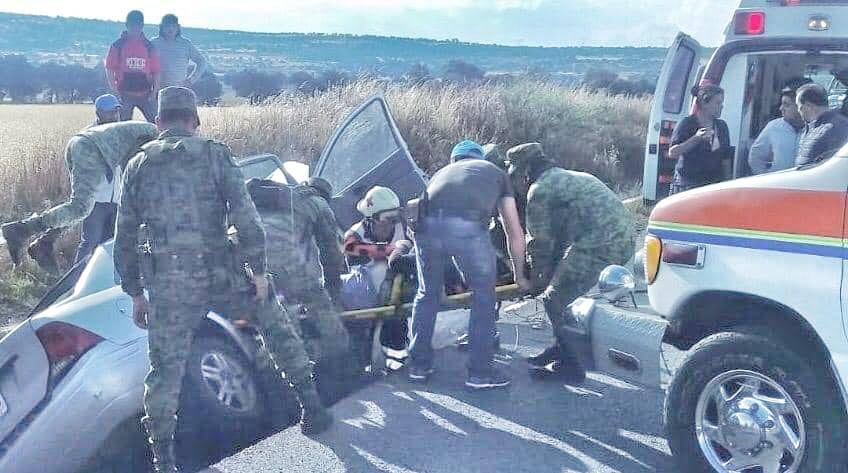Fallece persona en la carreteraTlaxco-Apan