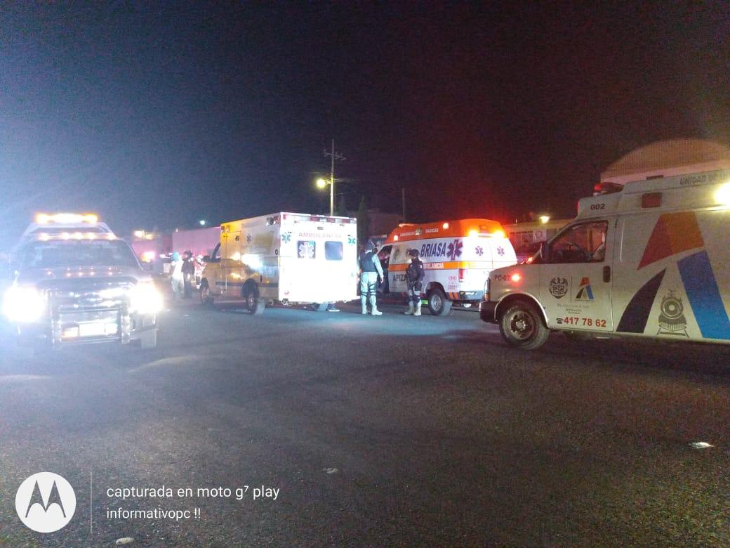 Heridos daños y un asegurado deja doble accidente en laApizaco-Tlaxco