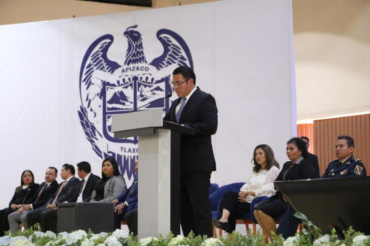 De cara a 4 mil personas, alcalde de Apizaco rindió Informe deGobierno