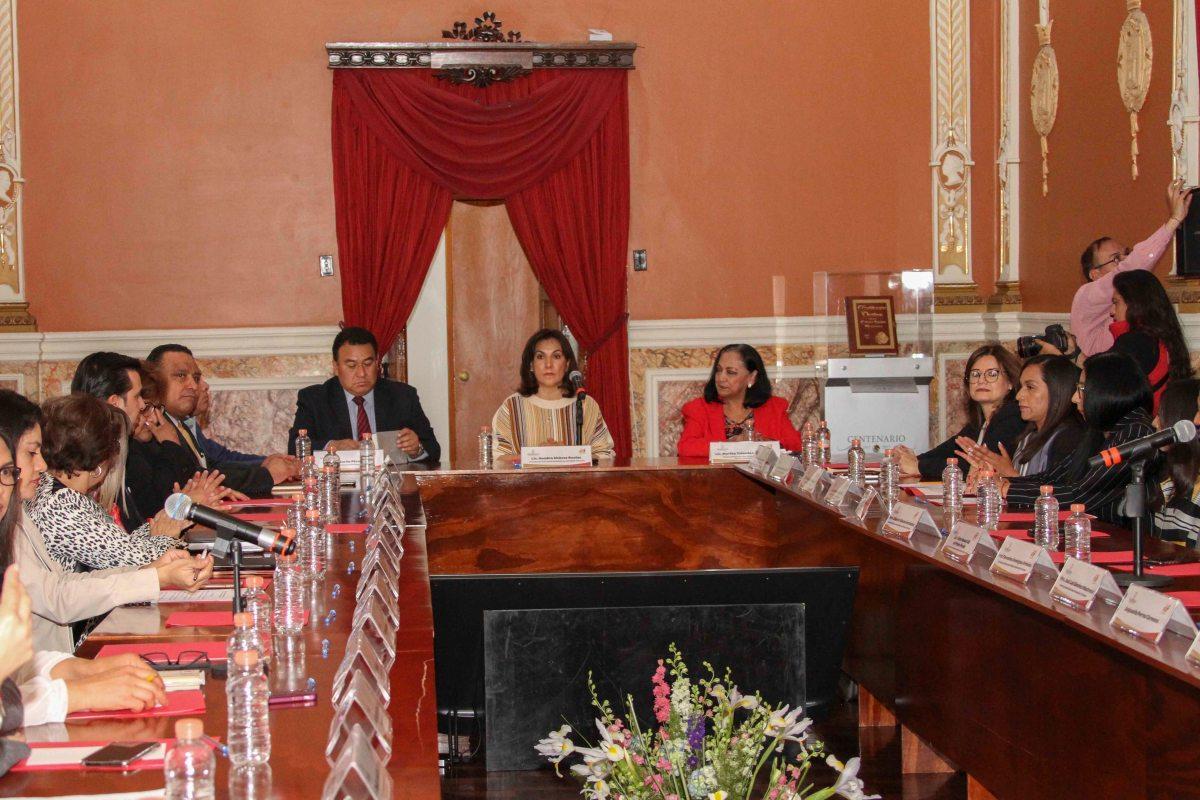 Comité técnico de adopciones del dif Estatal aprueba preadopción de dosinfantes