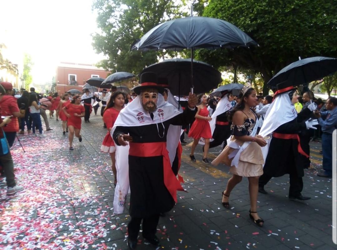 Arranca el Carnaval de Tlaxcala 2020 con coloridodesfile