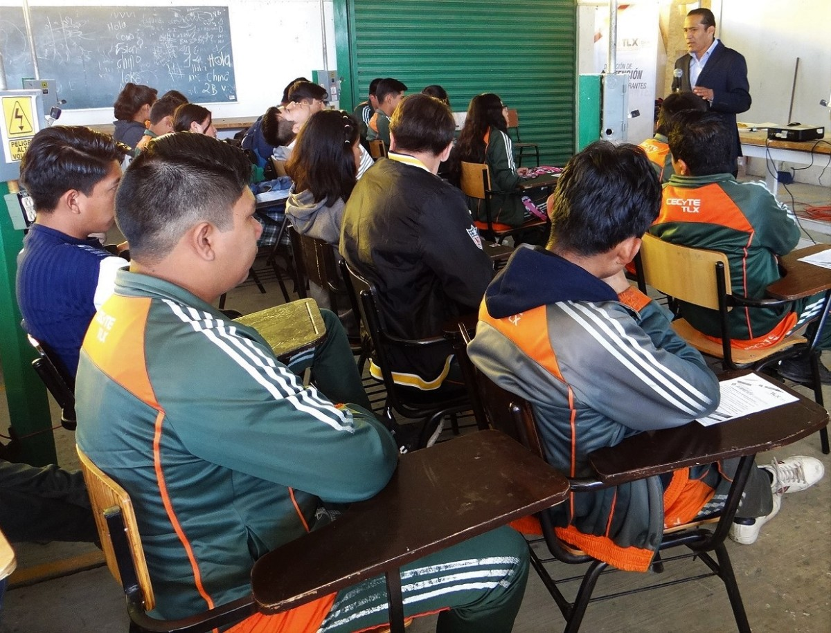 Previene DAM inmigración ilegal en alumnos de nivel mediosuperior