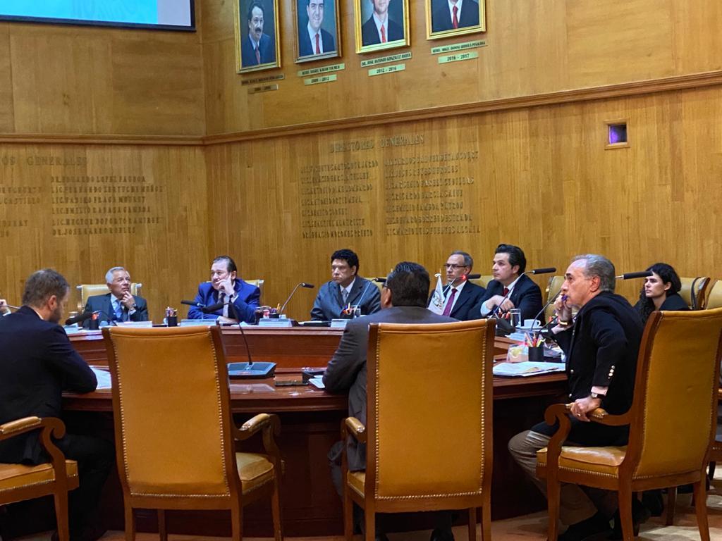 Consejo Técnico del IMSS ratifica criterio de 25 salarios mínimos como límite para el pago depensiones