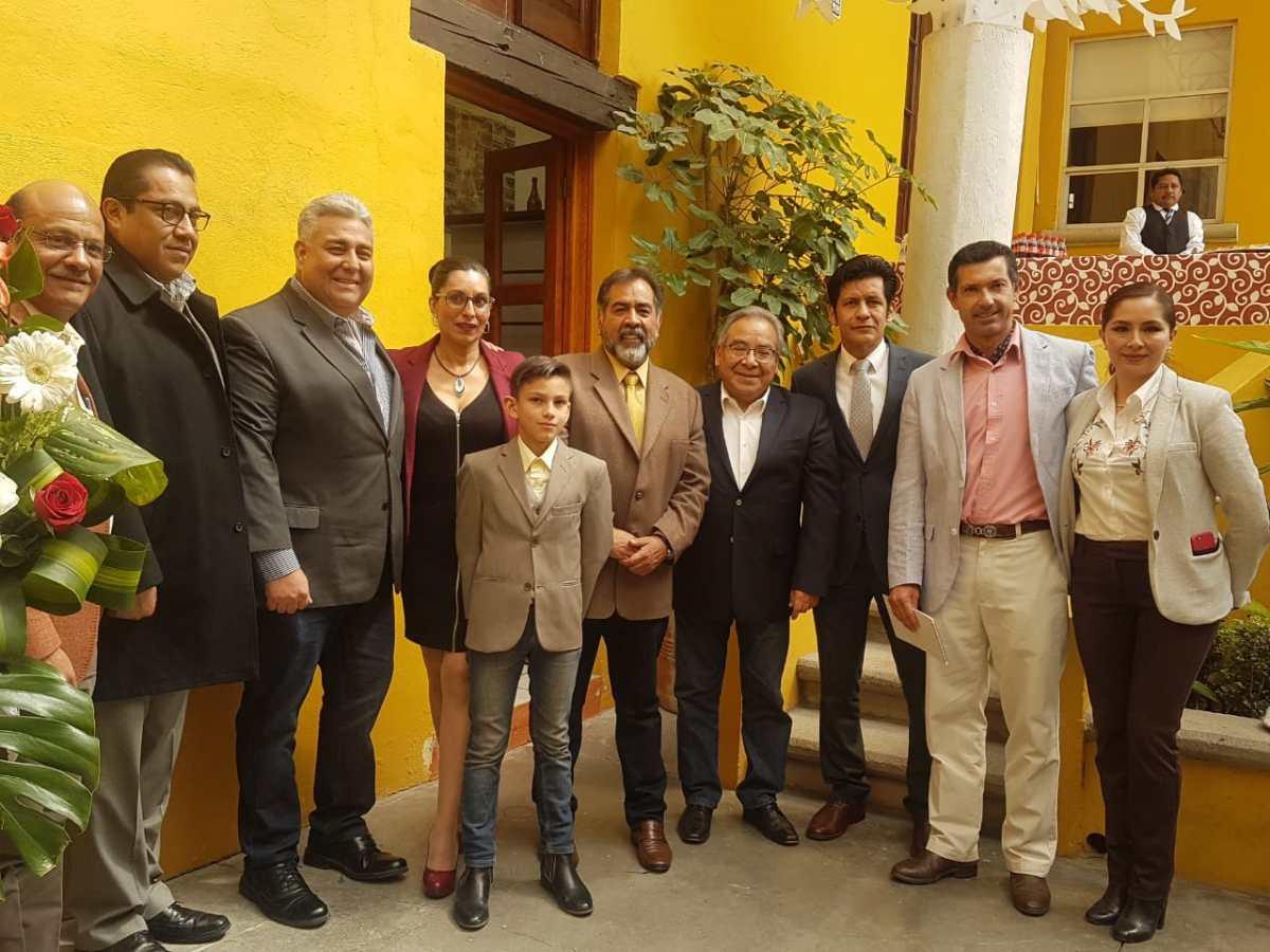 """Inauguran exhibición de 205 piezas del torero Rafael Montoya """"ElMalino"""""""