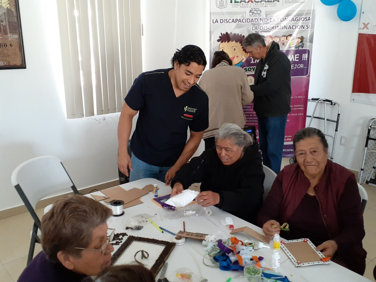 "Imparte ITPCD taller ""Integración plena al adulto mayor"""