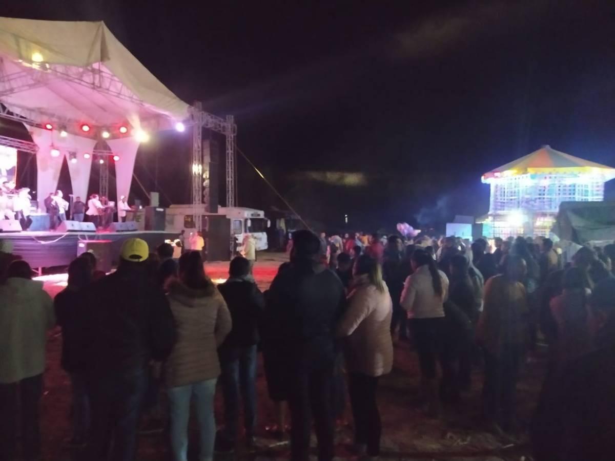 Realizan baile en colonia deTocatlán