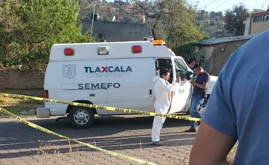 Ubican auto con bolsas con restos humanos enIxtacuixtla
